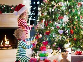 Famílias que fazem decorações de Natal