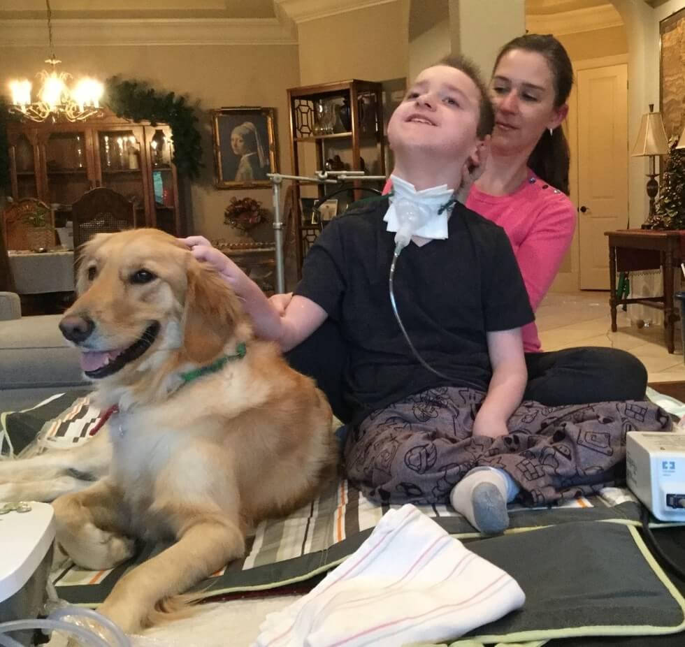 Criança com paralisia